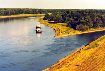 Zusammenfluß von Elbe und Saale bei Barby